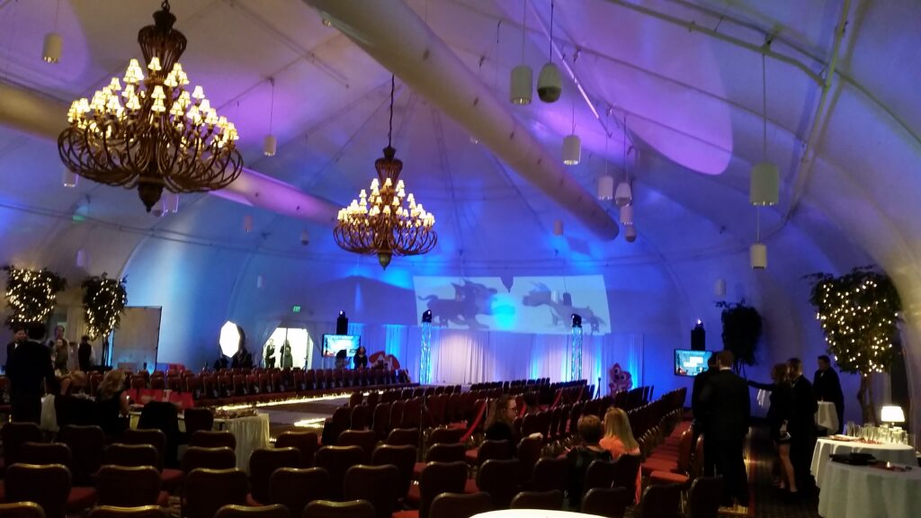 Video Blending & Ceiling Projection